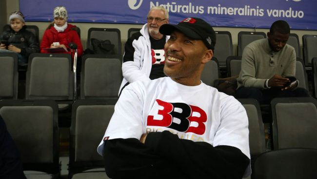 LaVar Ball is at it again.