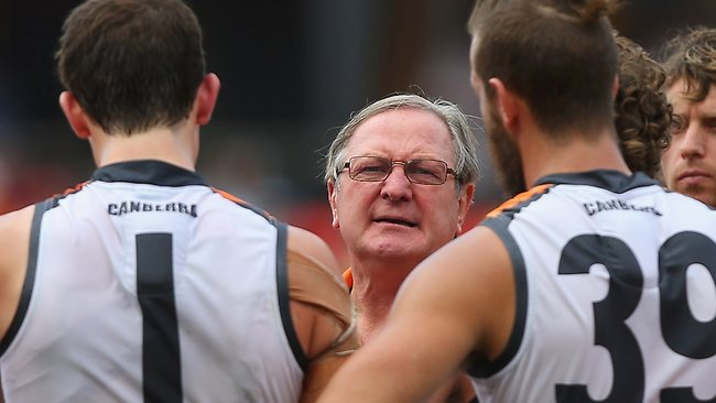 Kevin Sheedy talks to players in his last game as GWS coach.