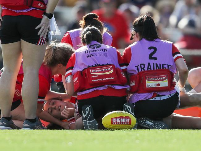 Clara Fitzpatrick of the Saints was stretchered off with concussion.