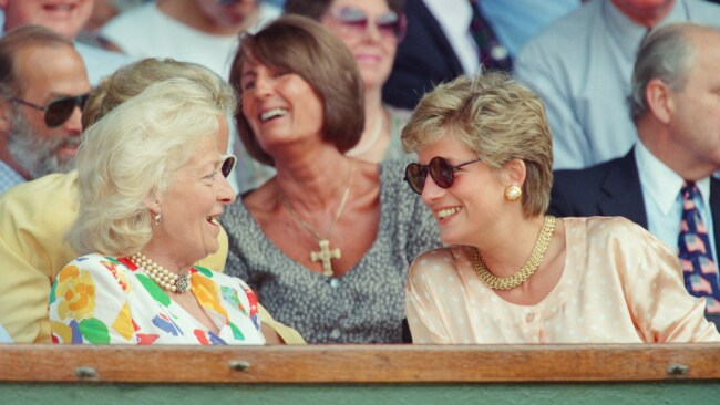 Diana and her mother at the Wimbledon final in 1993. Image: Getty.