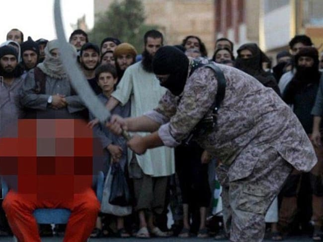 "Islamic State beheads a man in Raqqa on charges of ""Apostasy"". Picture: TerrorMonitor"