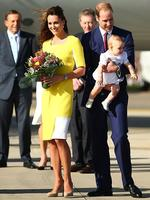 <p>Catherine, Duchess of Cambridge wore a bright yellow Roksanda Ilincic 'Ryedale' Spring 2014 frock as she arrived at Sydney Airport on RAAF B737 on April 16. Picture: Getty</p>  <p>&nbsp;</p>