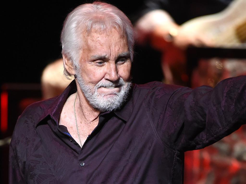 Kenny Rogers dead at 81: Dolly Parton pays tribute to The ...