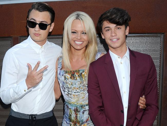 Anderson with her sons Brandon Thomas Lee and Dylan Jagger Lee in 2015. Picture: Gregg DeGuire.
