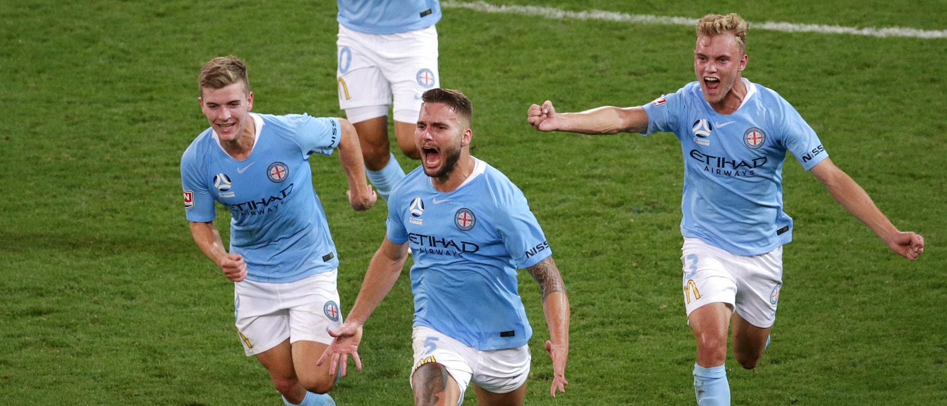 Bart Schenkeveld of the City scores a late winner during the Round 15 A-League match between the Melbourne City and the Western Sydney Wanderers at AAMI Park in Melbourne, Tuesday, January 22, 2019. (AAP Image/George Salpigtidis) NO ARCHIVING, EDITORIAL USE ONLY