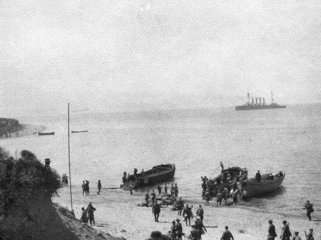 Troops landing at Anzac Cove in WWI. Picture: Australian War Memorial