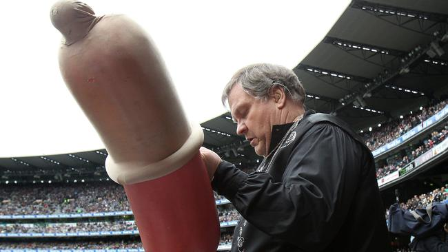 Could memories of Meat Loaf's 2011 AFL Grand Final performance have scarred fans for ever.