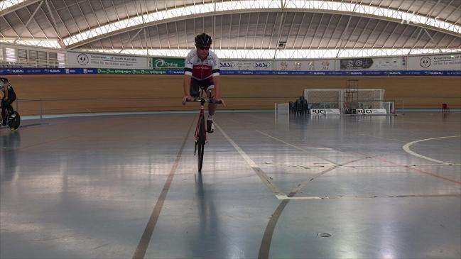 Darren Hicks on his Paralympics cycling dream