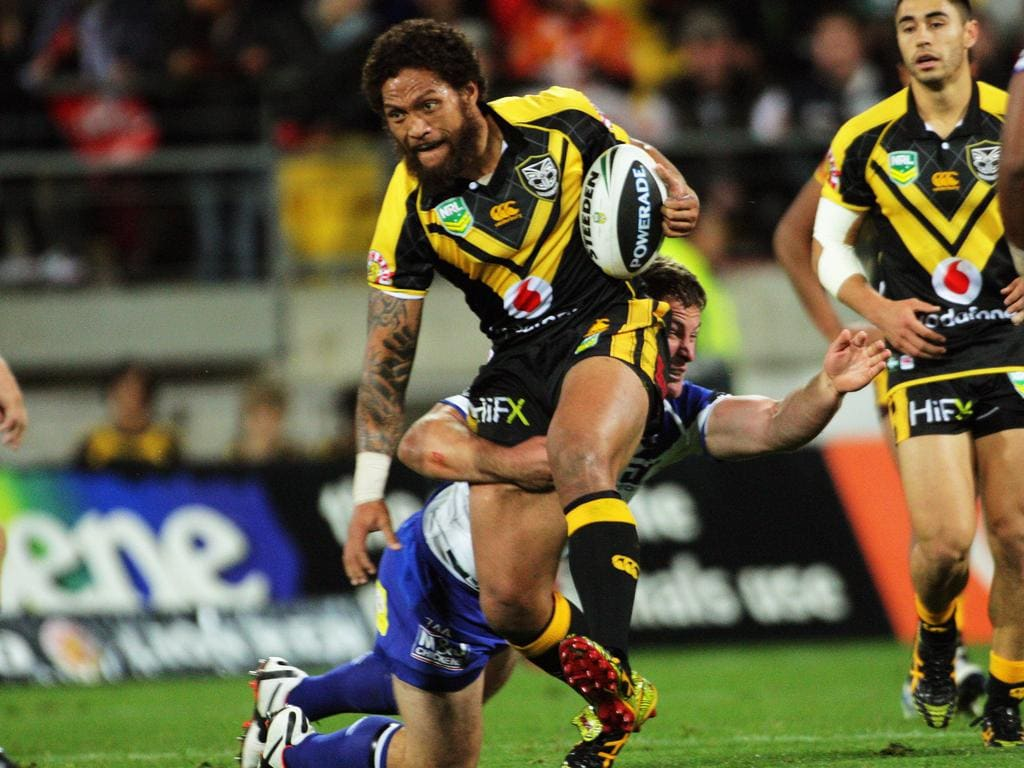 Manu Vatuvei is tackled during the Round 8 NRL match between New Zealand Warriors and Canterbury-Bankstown Bulldogs in Wellington, New Zealand on Saturday, May 11, 2013. (AAP Image/Action Photographics, Dave Lintott) NO ARCHIVING, EDITORIAL USE ONLY