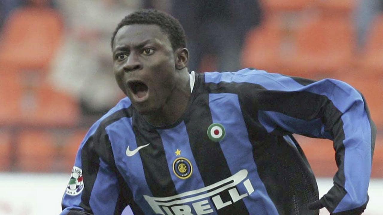 Obafemi Martins of Inter celebrates after scoring