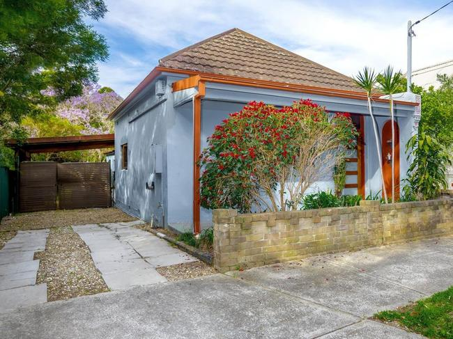 No. 2 Hill St in Dulwich Hill could be yours for just under $1 million.