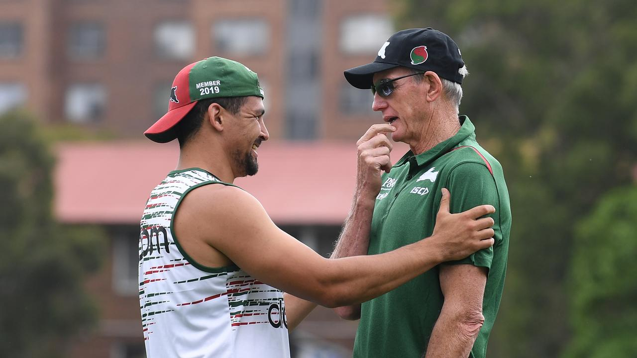 New Rabbitohs coach Wayne Bennett chats with his five-eighth Cody Walker. (AAP Image/Dean Lewins)