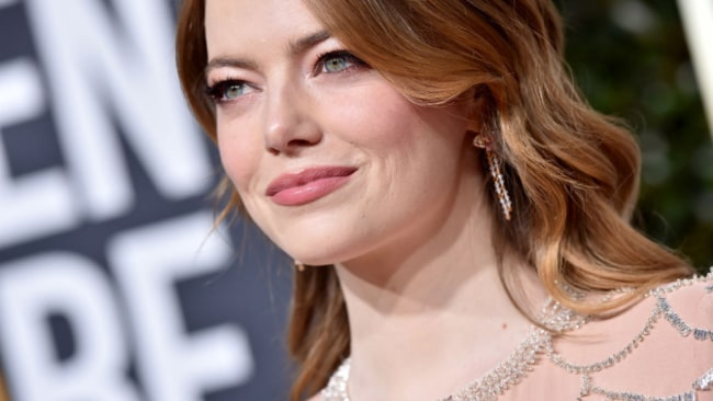 Emma Stone is now over 30 and unmarried. Sound the 'thornback' alarm. Source: Getty Images