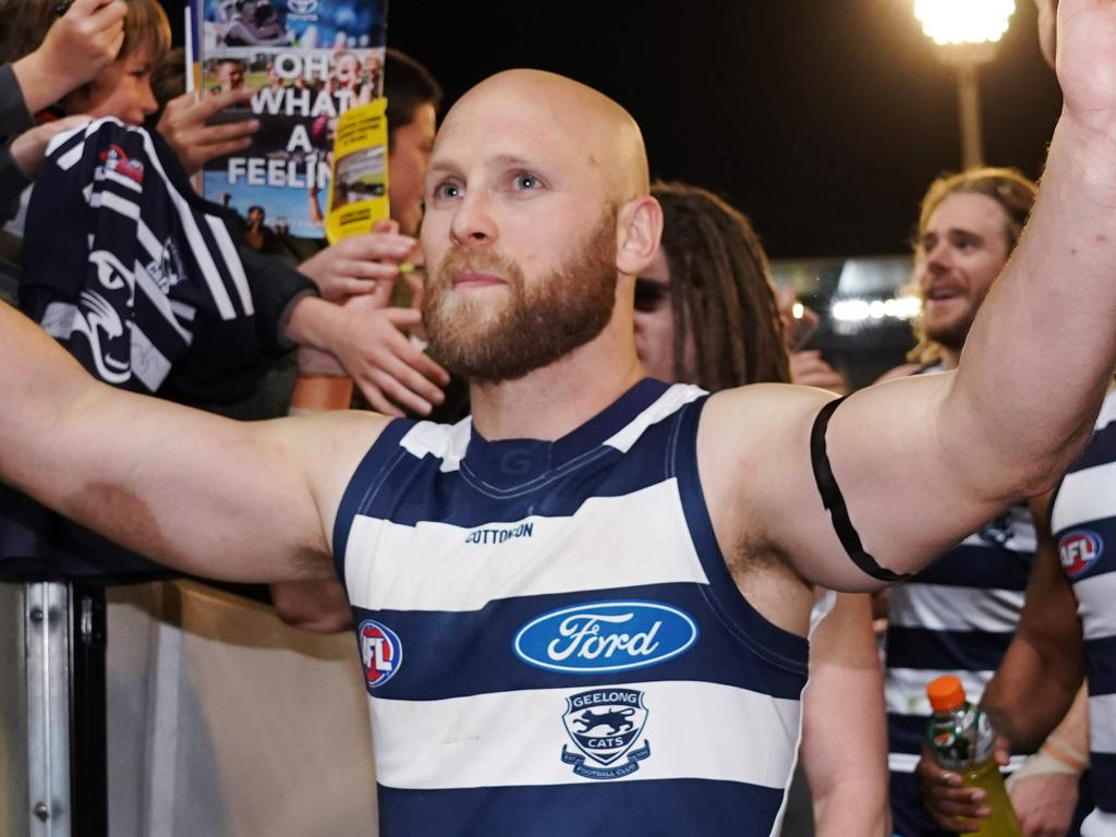 Gary Ablett of the Cats celebrates the win with fans during the AFL First Semi Final match between the Geelong Cats and the West Coast Eagles in Melbourne, Friday, September 13, 2019.  (AAP Image/Michael Dodge) NO ARCHIVING, EDITORIAL USE ONLY