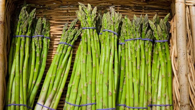 Pee smells after eating asparagus