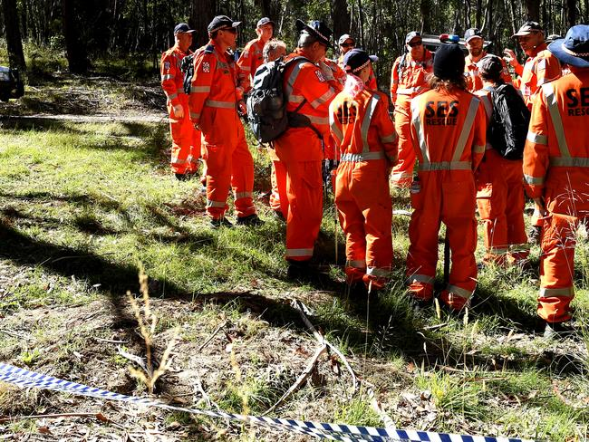 SES volunteers at the site. Picture: Nicole Garmston