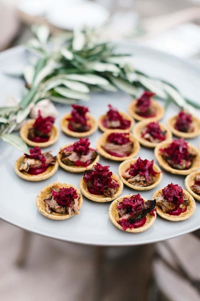 This is what should be on your wedding day menu, according to Pinterest