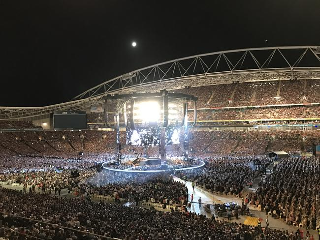 Adele played in front of nearly 100,000 fans at her second Sydney concert on March 11, 2017.