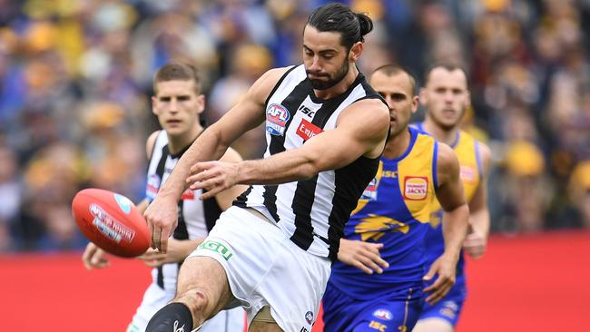 Brodie Grundy of the Magpies in action during the AFL Grand Final between the West Coast Eagles and the Collingwood Magpies. Picture: AAP / Julian Smith