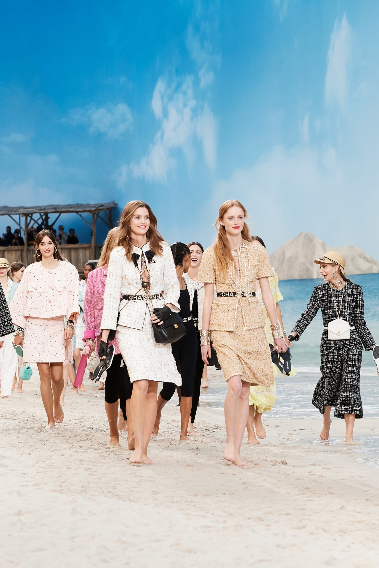 A Vogue fashion editor remembers what it was like to attend Karl Lagerfeld's Chanel shows