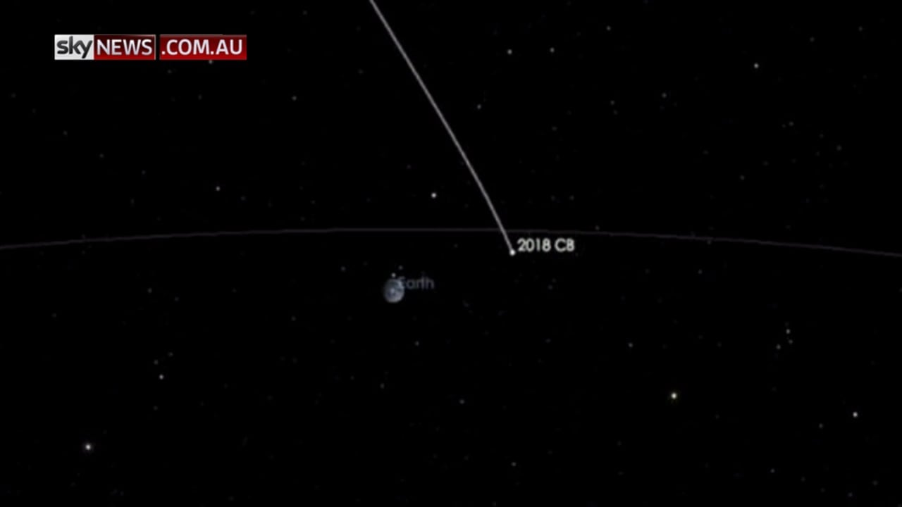 Large asteroid expected to have close call with Earth
