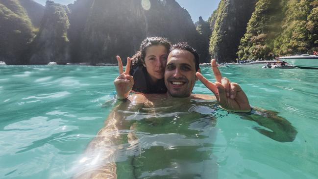 More and more people are risking their lives for the perfect selfie photo.