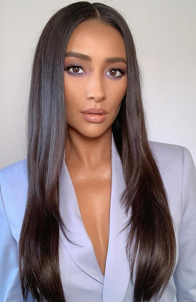 Shay Mitchell's pregnancy news has sparked furious discussion about her marital status. Picture: Instagram/ShayMitchell