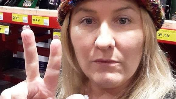 Bunnings anti-masker Lizzy Rose claims to call spirit of Princess Diana – NEWS.com.au