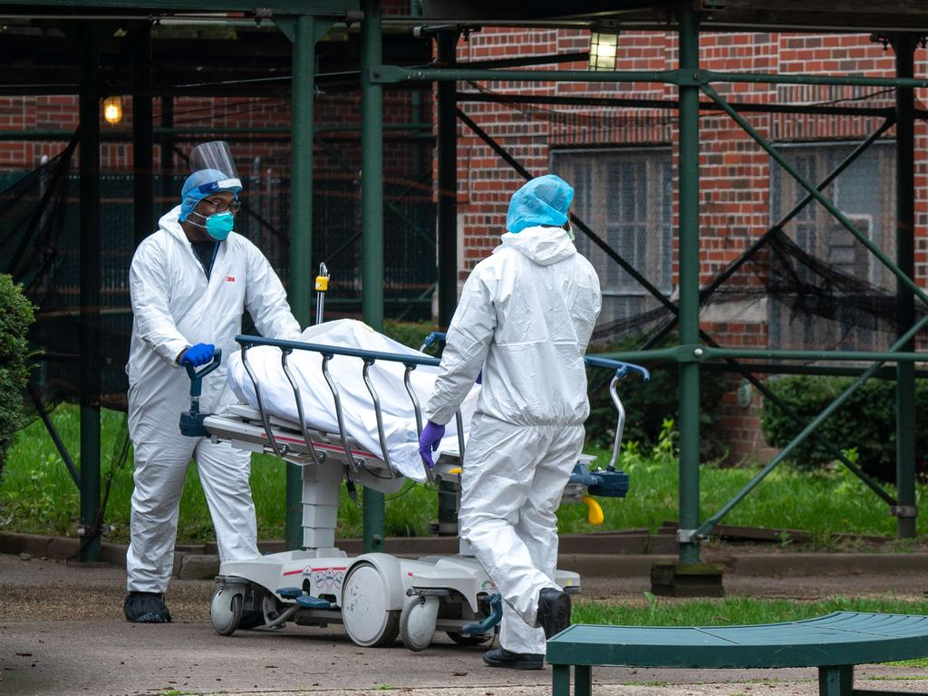 The Kingsbrook Jewish Medical Center receives another body. Picture: AFP
