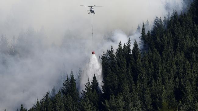 Christchurch New Zealand Twitter: Bushfire In Christchurch, New Zealand, Destroys Homes