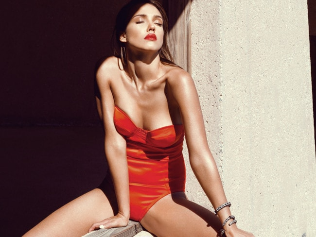 Jessica Alba is Sexy as Sin