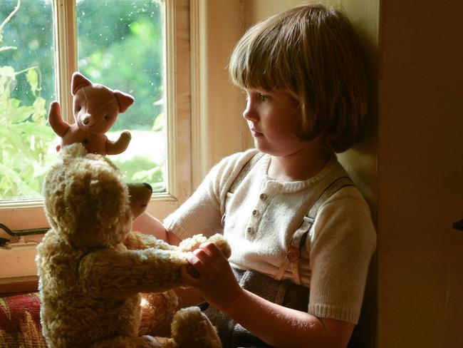 Will Tilston's Christopher becomes a reluctant celebrity in Goodbye Christopher Robin. Picture: David Appleby/Fox Searchlight Pictures