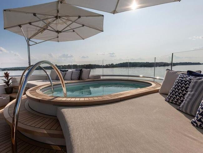 The deck top jacuzzi on the stunning Hasna.