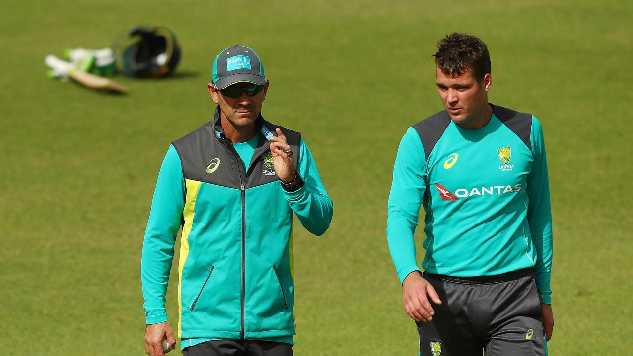 Justin Langer (L) hoped Hazlewood would lead Australia's attack in next month's one-day series against England.