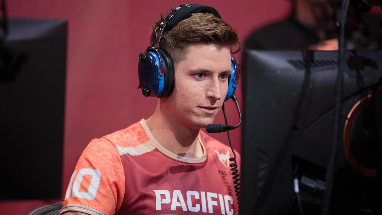 Scott 'Custa' Kennedy in action as a member of the Pacific team in the Overwatch League All-Star Weekend. Photo: Robert Paul for Blizzard Entertainment