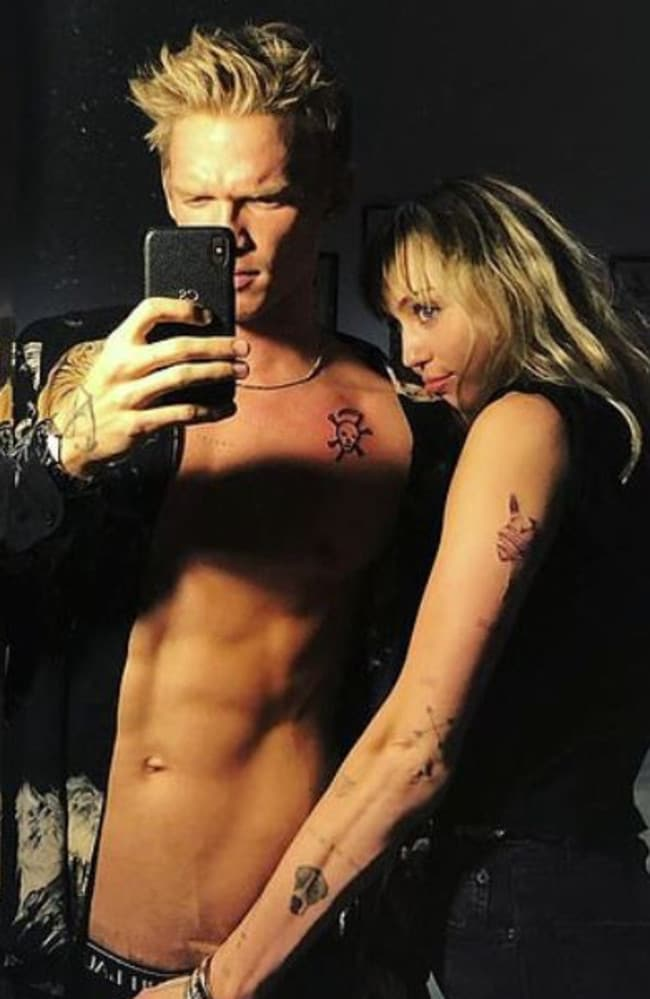 Cody Simpson and Miley Cyrus share racy selfie