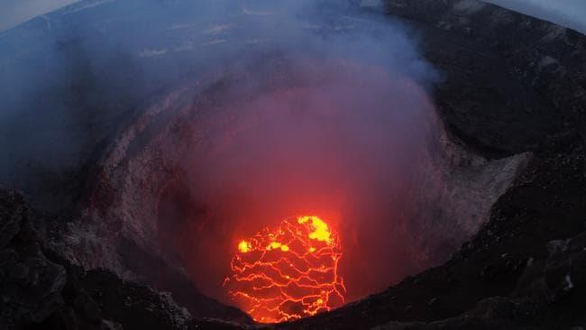 Hawaii Volcano Kilauea Could Have Explosive Eruption Authorities Warn