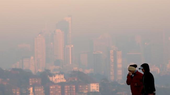 Sydney smoke: Dangerous air pollution blankets city ...