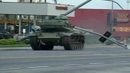 Shawn Nelson drives a tank through San Diego in 1995. Picture: Fox8