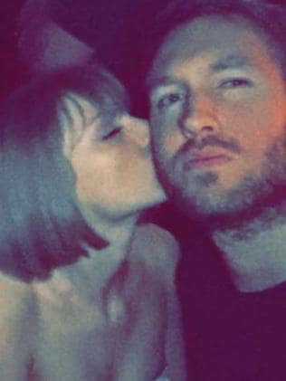 Kisses ... Taylor Swift and Calvin Harris. Picture: Snapchat