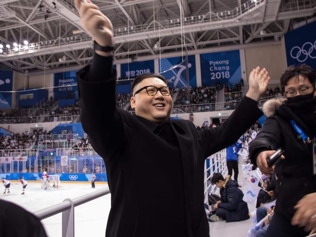 Winter Olympics: Kim Jong-un impersonator wows North Korean