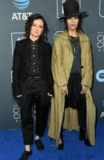 Sara Gilbert (L) and Linda Perry attend the 24th annual Critics' Choice Awards at Barker Hangar on January 13, 2019 in Santa Monica, California. Jon Kopaloff/Getty Images/AFP
