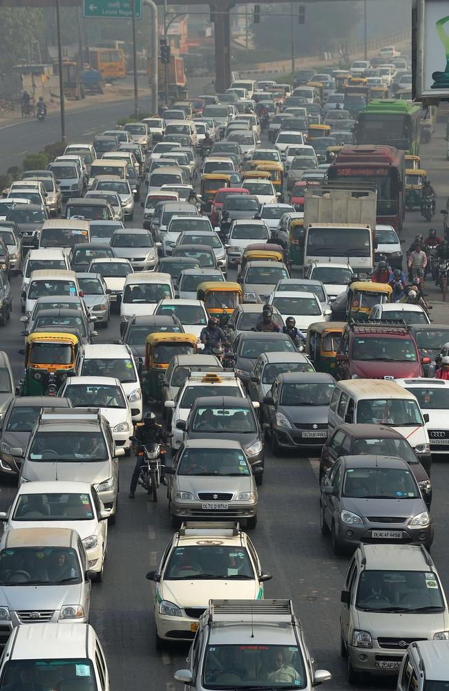 An Indian court suspended its ban on diesel vehicles more than 10 years old after New Delhi authorities complained they were struggling to comply with the order in the world's most polluted capital. AFP Photo/Money Sharma