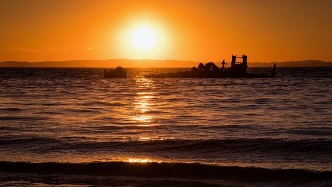 The sunset of Tangalooma ship wrecks brought out many Canon Collective photographers. Picture: Jennifer Dudley-Nicholson