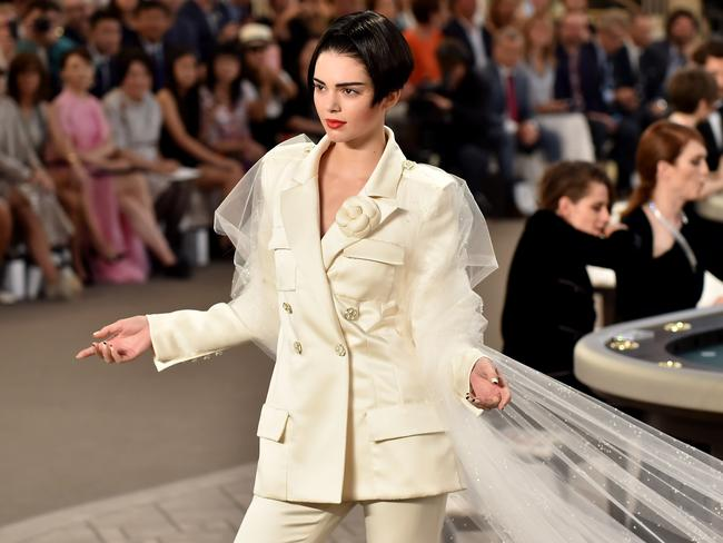 Kendall Jenner walks the runway for Chanel's during Haute Couture Fall/Winter 2015/2016 collection.