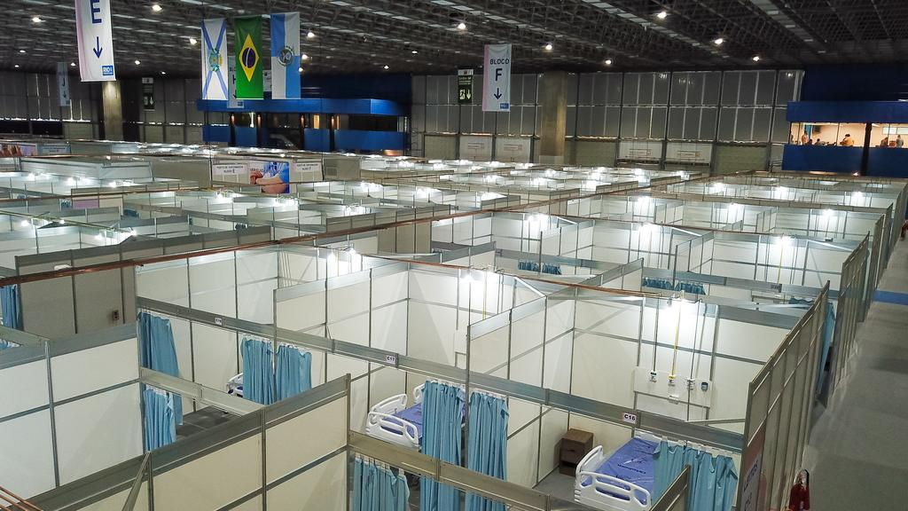 A field hospital under construction at the Riocentro Convention Center in Rio de Janeiro, Brazil. The facility has 500 beds and will be used exclusively for the treatment of patients with coronavirus (COVID-19). Image: Buda Mendes / Getty Images