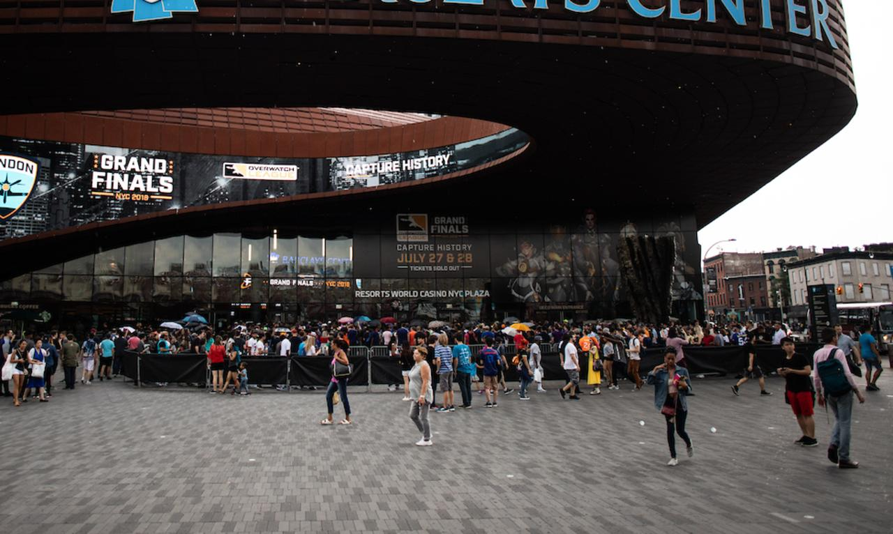 Fans outside the Barclays Center in Brooklyn, New York for the Overwatch League Grand Finals. Photo: Patrick Dodson for Blizzard Entertainment