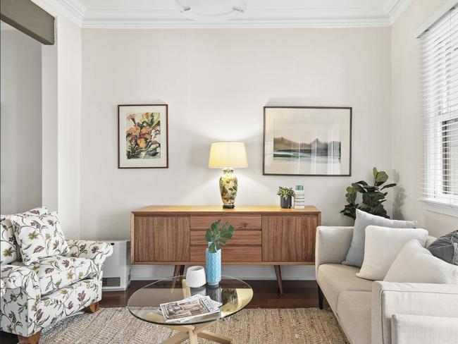 128 George St, Erskineville had comfortable and stylish interiors