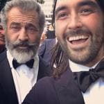The 2016 AACTA Awards. Mel Gibson takes a self with Josh Schmidt. Picture Instagram