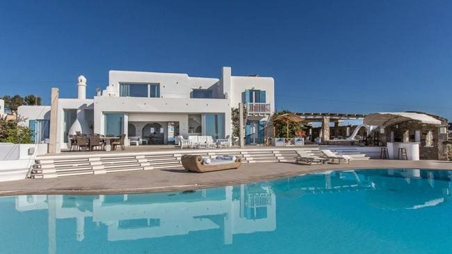 You could stay at this home on the Greek island of Mykonos ...